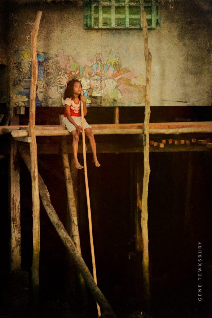 taytay girl-distressed